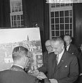 Vice president Lyndon B Johnson op stadhuis te Amsterdam ontvangen Burgemeeste, Bestanddeelnr 915-7106.jpg