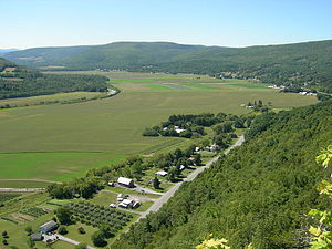Schoharie Valley - View westward from Vroman's Nose in the Schoharie Valley