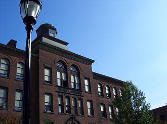 Worcester Academy - Kingsley Laboratories