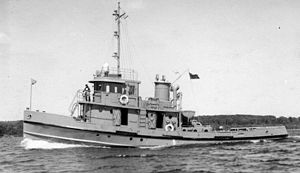 Glen-class tug (1943) - Glenside at sea.