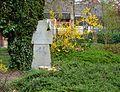 Werl, Gedenkstein an der Steinerstraße, hier befand sich bis 1850 der Friedhof.JPG