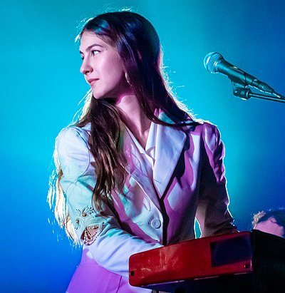 Picture of a band or musician: Weyes Blood