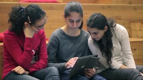 קובץ:Wikipedia in Ayb High School.ogv