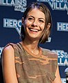 Willa Holland - Heroes & Villains Fan Fest 2016 07.jpg