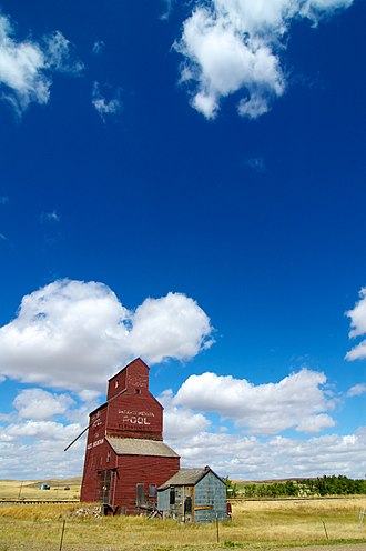 Wood Mountain, Saskatchewan - Saskatchewan Wheat Pool elevator