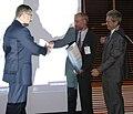 Wreczenie nagrody specjalnej PTI prof. Holynski, Ptj, Ency 2009-10-13.JPG