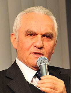 Yaşar Yakış Turkish diplomat