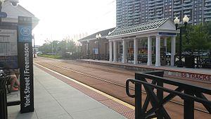 York Street/Freemason station - Image: York Street Freemason Tide Station