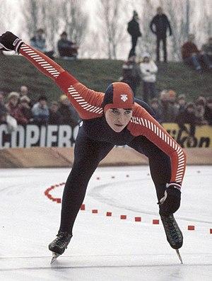 Yvonne van Gennip - Yvonne van Gennip at the World Sprint Championships in 1982; start of 500 m