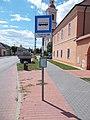 'Nyergesújfalu, gimnázium' bus stop, 2020 Nyergesújfalu.jpg