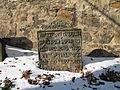 Židovský hřbitov (Zlonice), náhrobek.jpg