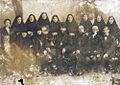 Епископ Филипп (Перов) с протоиереем Иоанном Наровчатским и монахинями одного из монастырей Пензенской епархии. 1928 г.jpg