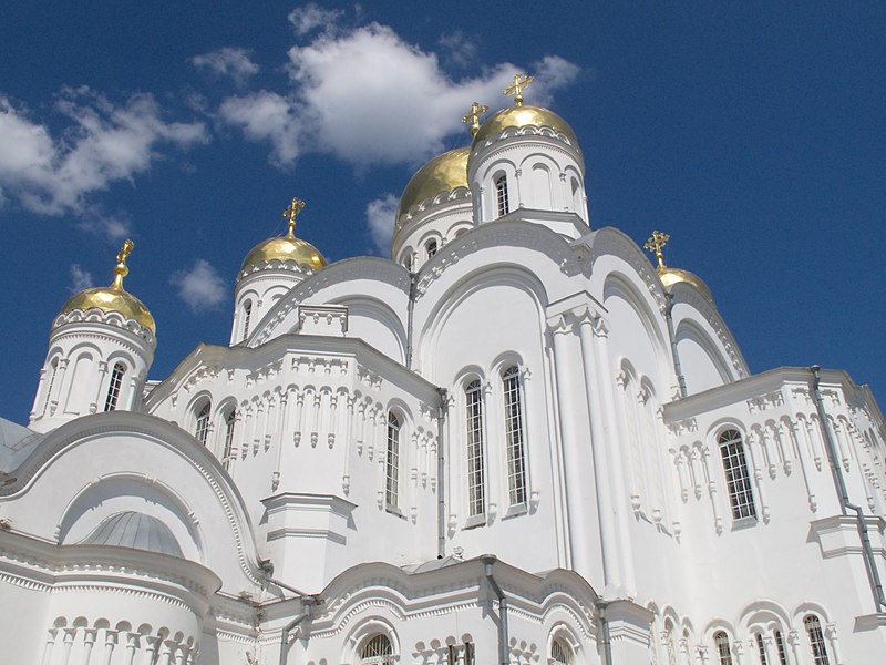File:Спасо-Ршеобшаженский СЃРѕР±РѕС€ (2012-05-22).jpg