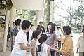 นางพิมพ์เพ็ญ เวชชาชีวะ ภริยา นายกรัฐมนตรี ณ Singapore Botanic Gardens - Jacob B - Flickr - Abhisit Vejjajiva (34).jpg
