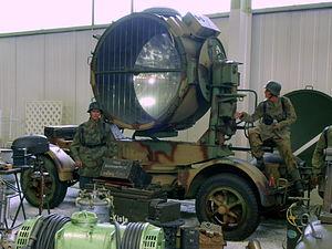150cm FLAK scheinwerfer.JPG