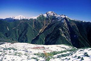 Mount Shiomi - Image: 16 Shiomidake from Eboshidake 1999 11 5