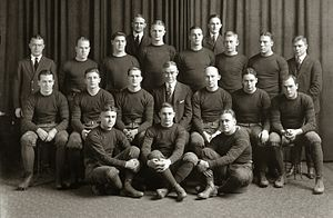 1920 Michigan Wolverines football team.jpg