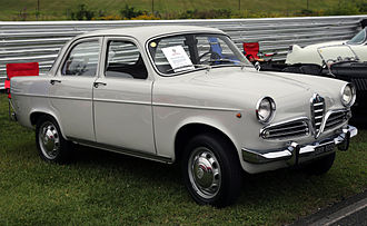 Alfa Romeo Giulietta (750/101) - Second series Giulietta Berlina.
