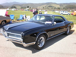 1966 black Buick Riviera GS left side 1.JPG
