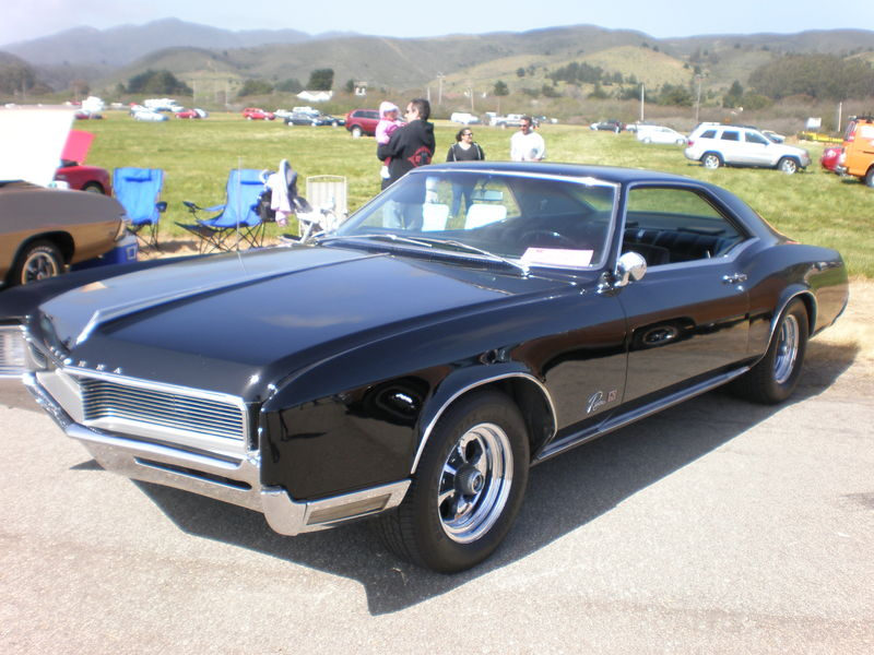 800Px 1966 Black Buick Riviera GS Left Side 1