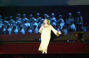 Renée Geyer - Geyer performing with a choir behind her at the 2000 Summer Paralympics Opening Ceremony