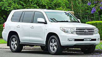 Toyota Land Cruiser - Toyota Land Cruiser (J200; pre facelift)