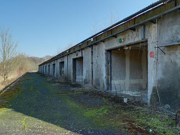 2012-03-01 15-18-29--site-plutons-garages.jpg