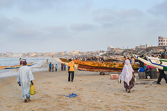 Fishing boats in Dakar 20130513-DSC 8564 (8750149526).jpg
