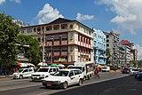 2016 Rangun, Ulica Anawratha (01).jpg
