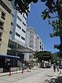 2018 El Rodadero (Santa Marta) - Edificios en la carrera 3 entre calles 5 y 6 - Colombia.jpg