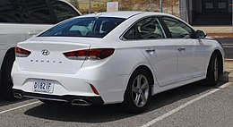 2018 Hyundai Sonata (LF4 MY18) Active 2.4 sedan (2018-10-22) 02.jpg