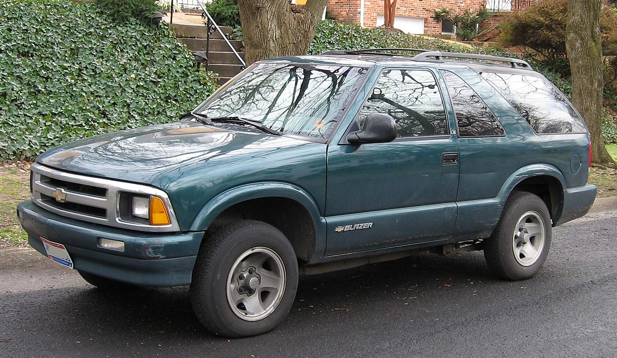 file 2nd chevrolet s10 blazer 2door jpg wikimedia commons file 2nd chevrolet s10 blazer 2door jpg
