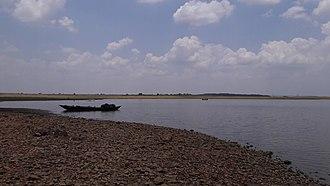 Sambalpur - Sambalpur seaside Tihura, where boats take passengers