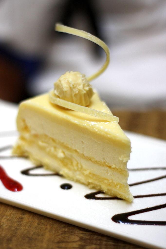 Heavenly Chocolate Cake Roll Recipe
