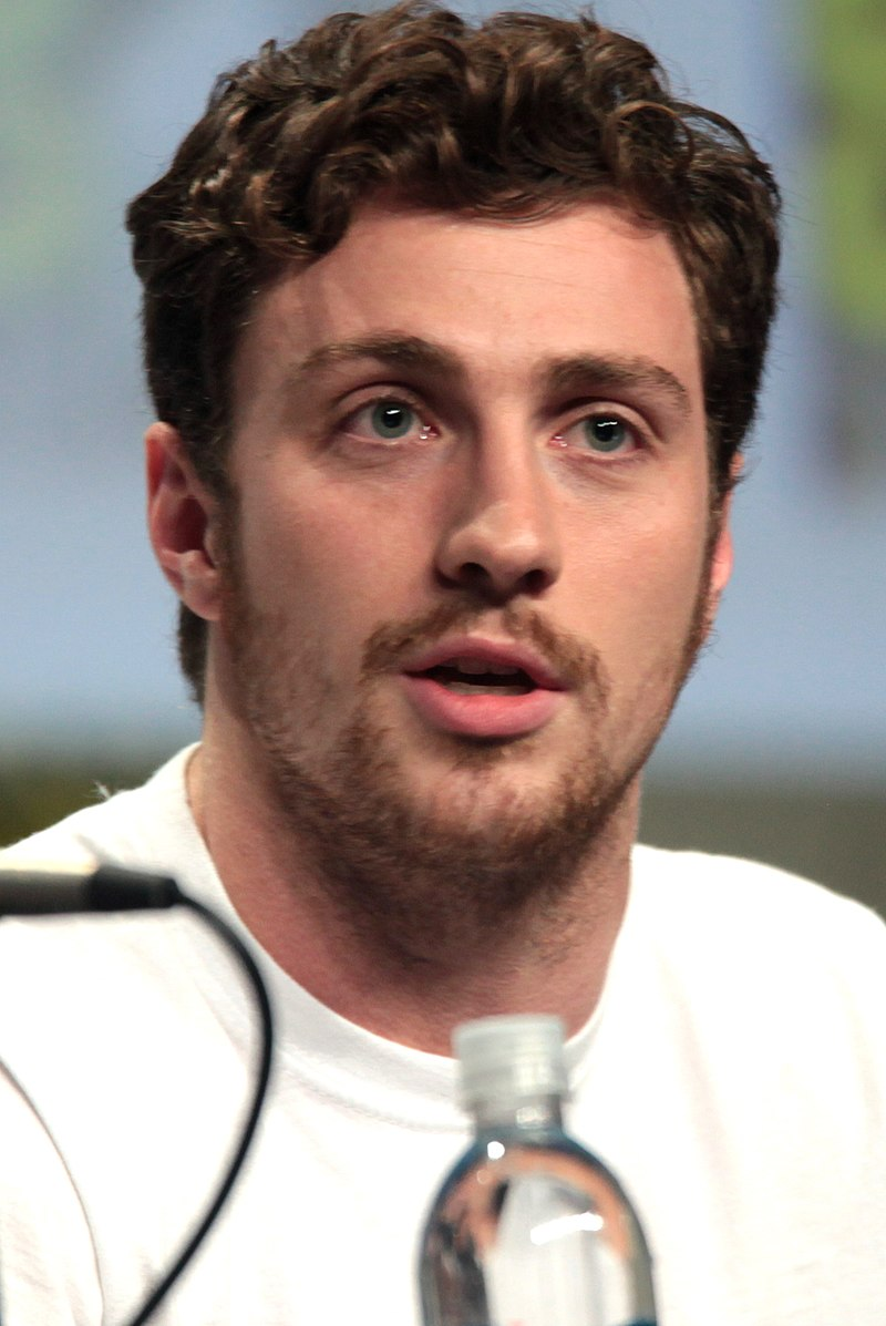 Aaron Taylor-Johnson SDCC 2014 (cropped).jpg