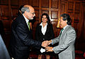 Abugattás y expresidente Toledo en reunión de prensa (6774692108).jpg