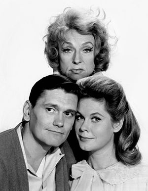 Dick York - York with Bewitched co-stars Elizabeth Montgomery as Samantha Stephens (front) and Agnes Moorehead as Endora (back).