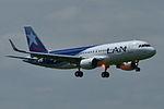 Airbus A320-200 Lan Chile (LAN) F-WWDP - MSN 5583 - Will be CC-BFN (9737757434).jpg