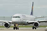 Airbus A320-200 Lufthansa (DLH) D-AIZM - MSN 5203 (9878505446).jpg