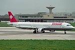 Airbus A321-111, Swissair JP6190463.jpg