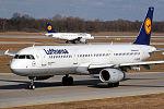 Airbus A321-231 Lufhtans D-AISN (12975103513).jpg