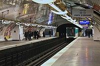 Alésia (métro Paris) MP59 n°013 par Cramos.JPG