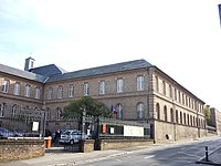 Amiens Couvent-Visitation Facade-ouest 2010.JPG