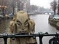 Amsterdam Bridge Statue.jpg