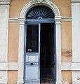 Ancien hotel de ville (porte d' entrée).jpg