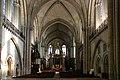 Angers-Kathedrale-126-Mittelschiff-2008-gje.jpg