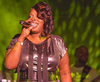 Picture of a band or musician: Angie Stone