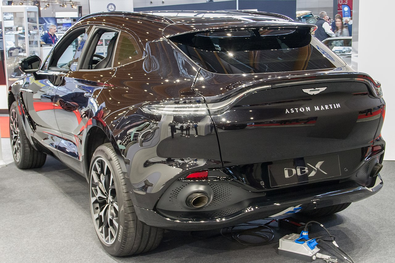 Datei Aston Martin Dbx Retro Classics 2020 Img 0228 Jpg Wikipedia