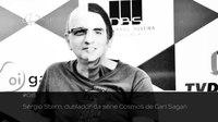 File:Astrocast -06 - Sérgio Stern, dublador da série Cosmos de Carl Sagan.webm