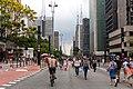 Avenida Paulista by Diego Baravelli.jpg